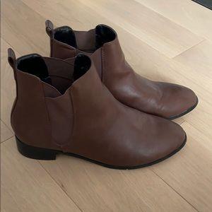 Matt & Nat Size 41 Ankle Boots Brown Vegan Leather